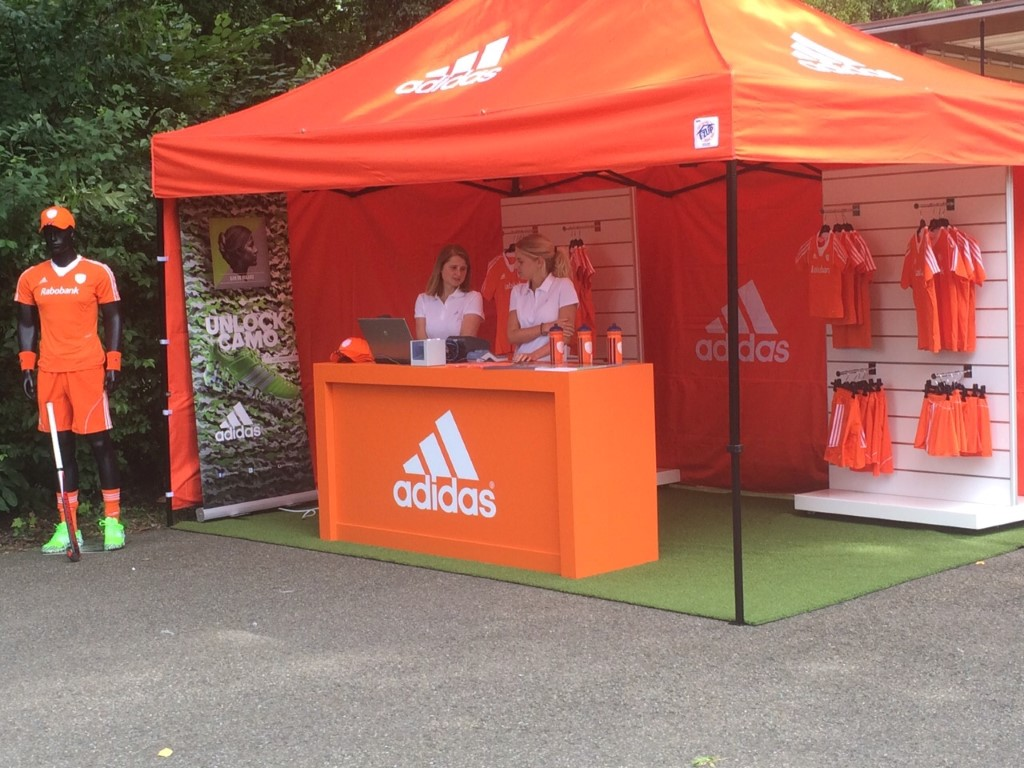 Adidas Promotie Tent by E-Z UP